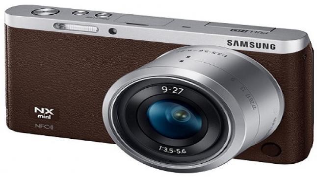 سامسونج تكشف عن كاميرا بشاشة قابلة للاستدارة